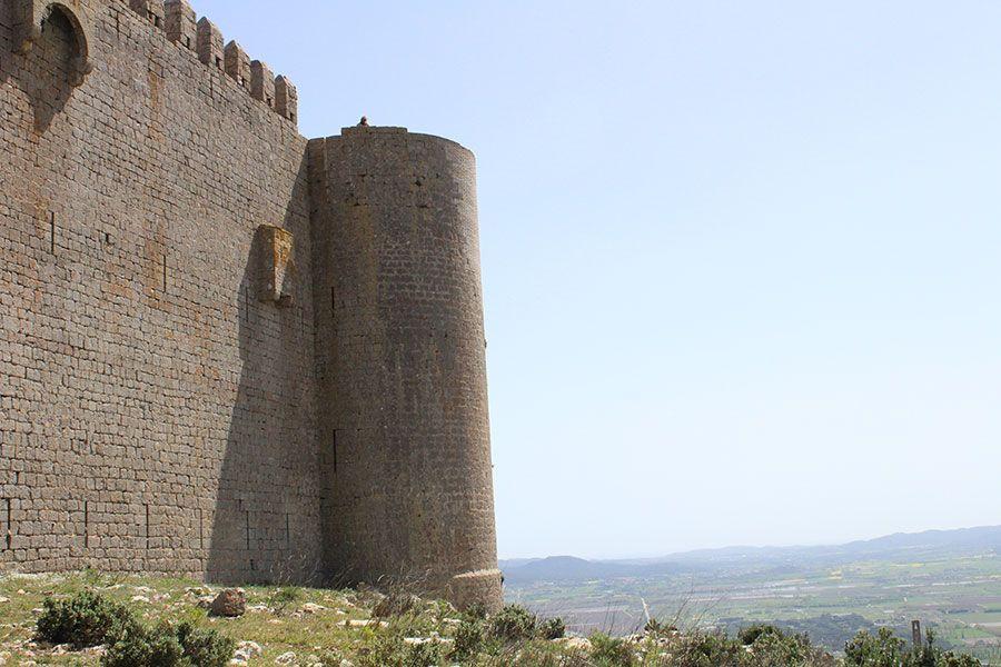 castillo-de-mntgri-hiking