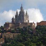 Достопримечательности Барселоны: гора Тибидабо и пруд Vallvidrera