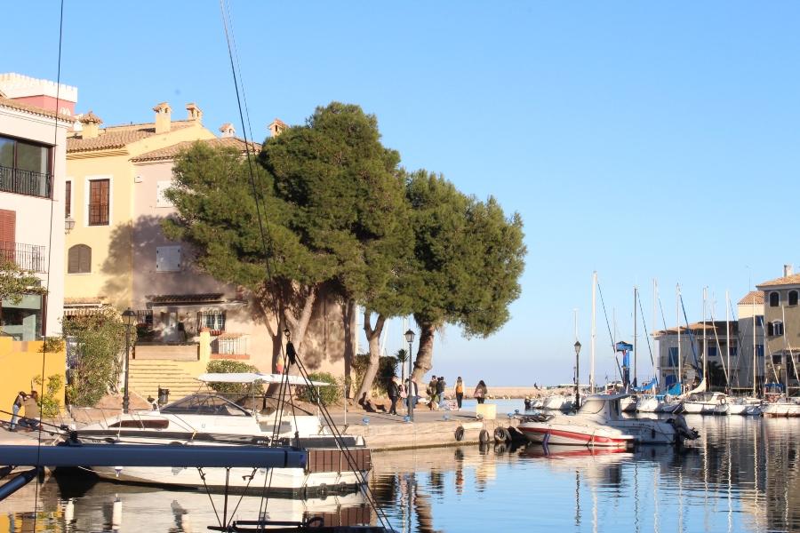 Порт Саплая в Валенсии: что посмотреть и как добраться?