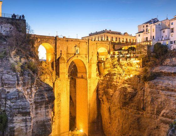 День Святого Валентина в Испании: 6 идей для романтического путешествия