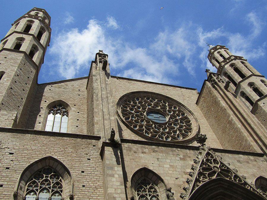 10 монументов Барселоны, которые стоит увидеть хотя бы один раз